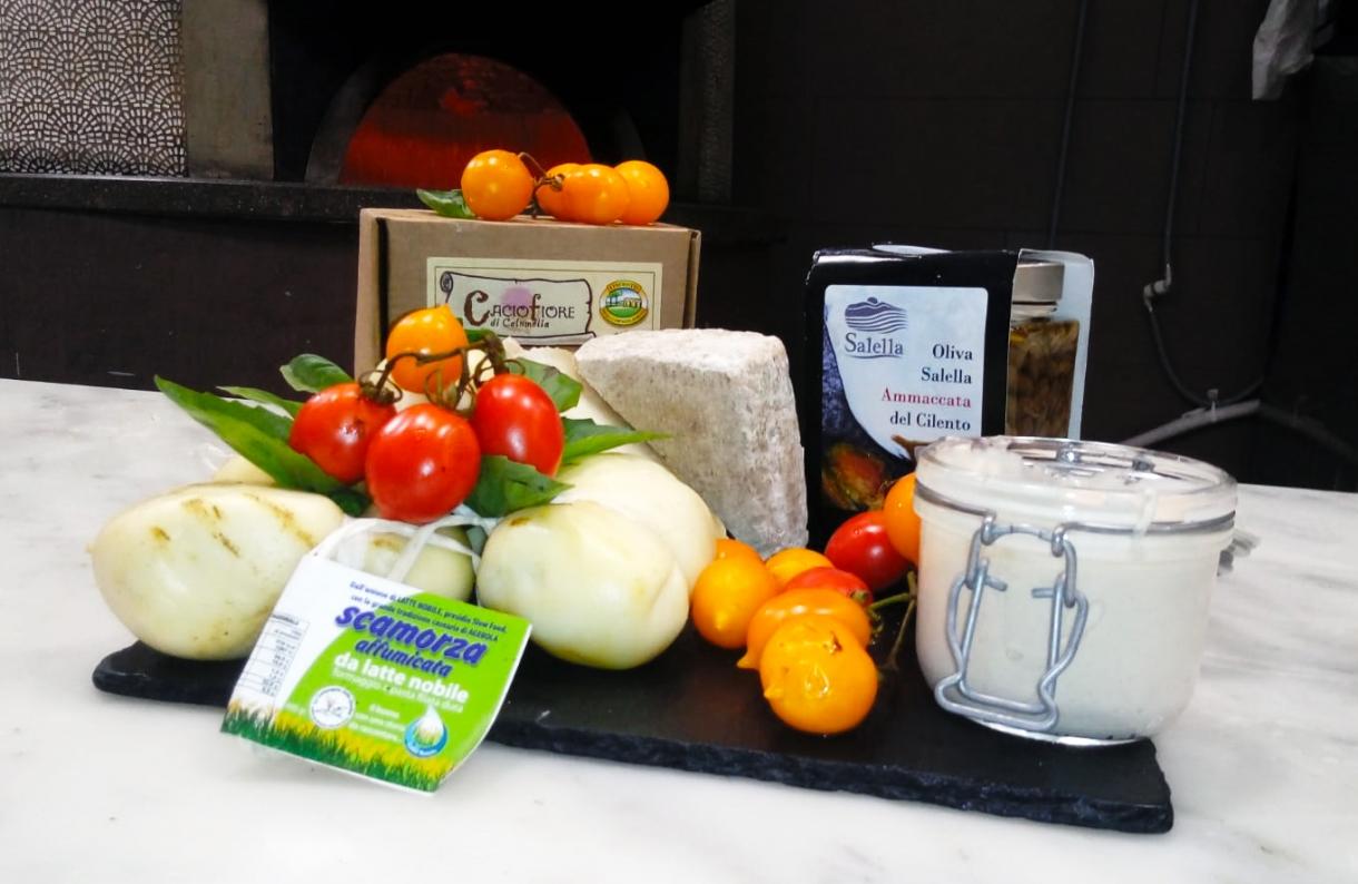 """Casa De Rinaldi - La """"Pizza Salella"""" arriva a Casa de Rinaldi, una specialità Slow Food"""